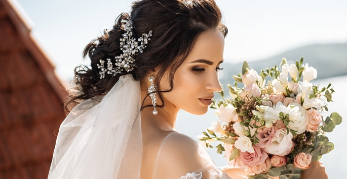 Perfect Your Look On Your Special Day With Our Bridal Services